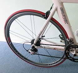 Если выбирать велосипед для триатлона - то как же не выбрать аэродинамические обода колес