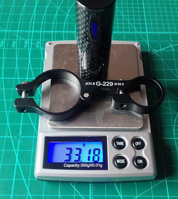 Кронштейн для навигатора на руль велосипеда весит 33 грамма