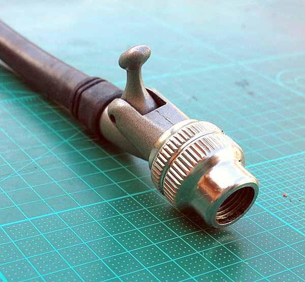 Резьбовая насадка насоса высокого давления для воздушных вилок велосипеда Giyo Fork Pump 300psi 20bar с хитрым рычажком для нажатия клапана