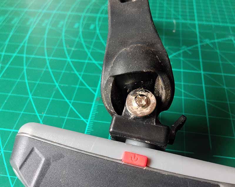 Задний велосипедный LED фонарь с полоской светодиодов можно отрегулировать по наклону