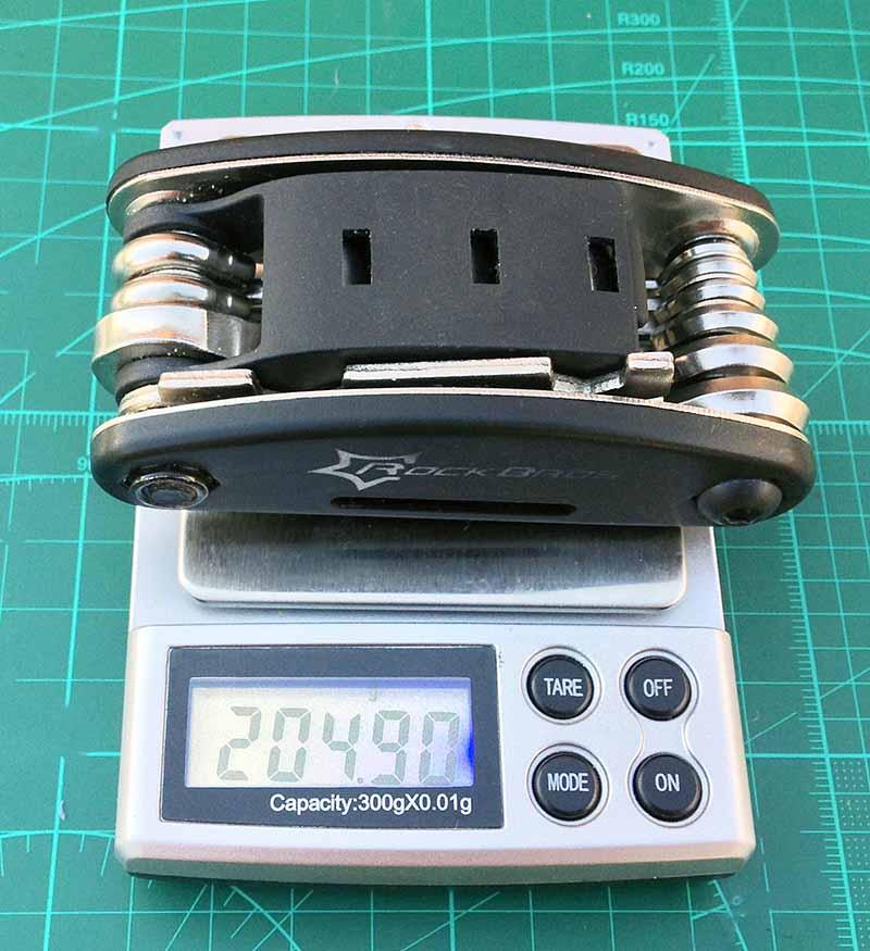 Вес велосипедного мультитула RockBros 205 грамм