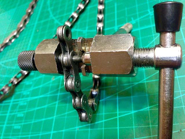 Выжимка для велосипедной цепи своими руками 40